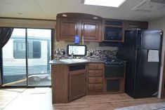 2016 New Jayco Jay Flight 38FDDS Travel Trailer in Pennsylvania PA.Recreational Vehicle, rv, 2016 Jayco Jay Flight 38FDDS, 2016 Jayco Jay Flight 38FDDS Jay Flight fulfills every family's camping wishlist. With an impressive list of standard features, plus an all-new 2016 Elite Package, Jay Flight delivers comfort in every corner. With so many floorplans to choose from, there's certain to be a fit for your family, including kid-friendly bunk rooms, select model exterior kitchens and…