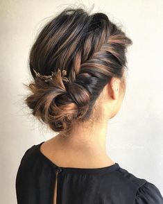 Fishtail side bun,wedding hairstyle,wedding hair ideas,bridal hair,bridal hair do,updo,updo hairstyles,loose braided updo,wedding hair inspiration,braided bun wedding hair inspiration