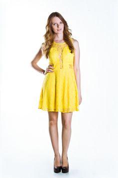 Vestido Evasê de Renda Amarelo