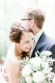 Hochzeitsfotograf, Loerrach, Wedding Photography Germany, Schloss Bürgeln, location, wood, forest, Efringen, Engemühle, bride, groom, love, bouquet