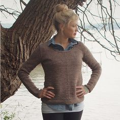 White Pine Sweater – Gorgeously simple, the White Pine sweater is a fitted pullover with unique textured angles. Long and lean, this sweater is flattering, casual, and perfect for layering.