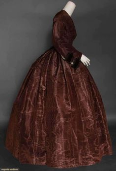 chocolate moire gown with matching dolman, 1850s Fashion, Victorian Fashion, Vintage Fashion, Old Dresses, Vintage Dresses, Vintage Outfits, Historical Women, Historical Clothing, Pioneer Clothing