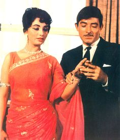 Raaj Kumar And Sadhana A Still From Waqt