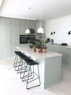 Open Plan Kitchen Living Room, Home Decor Kitchen, Kitchen Interior, New Kitchen, Home Kitchens, Grey Kitchen Designs, Modern Kitchen Design, Modern Design, Kitchen Queen