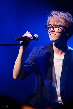 Jae | DAY6 MY BABYYYY u guys gotta follow him on TWITTER manss HILAROUS