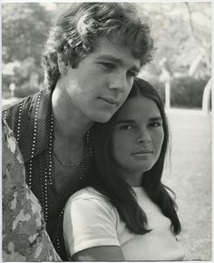 Ali MacGraw and Ryan O'Neil in Love Story directed by Arthur Hiller, 1970