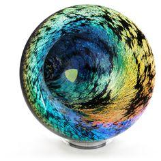 Experience Optical Phantasm in Glass Art  Read more now, only on Welum!  Written by Holly Zuelle.   #welum #consciousness #northamerica #watch #wear #glass  http://welum.com/article/experience-optical-phantasm-glass-art