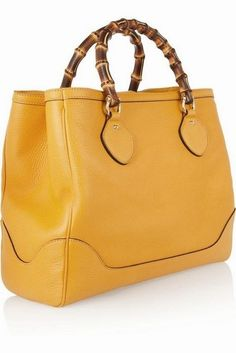 Gucci ~ Canary Leather Handbag w Bamboo Hangles and 🛍️ Bags and Purses 🛍️ und Gucci Purses, Gucci Handbags, Handbags Michael Kors, Gucci Bags, Fashion Handbags, Tote Handbags, Purses And Handbags, Fashion Bags, Leather Handbags
