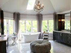 Bathroom. Bathroom. Bathroom ideas. Bathroom #Bathroom #bathroomideas #bathrooms Beautiful Homes of Instagram Sumhouse_Sumwear