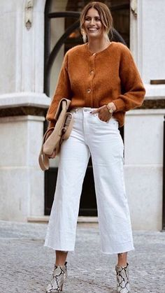 Decoding Minimalist Fashion: Outfit Ideas and Wardrobe Essentials Casual Work Outfits, Work Casual, Jean Outfits, Fall Outfits, Casual Office, Office Attire, Business Casual, Casual Dressy, Office Chic