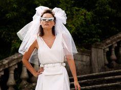 jessica sikosek model akila berjaoui photographer photography italy fashion editorial tom ford sunglasses burberry lace dress elvis necklace pink bikini swimsuit