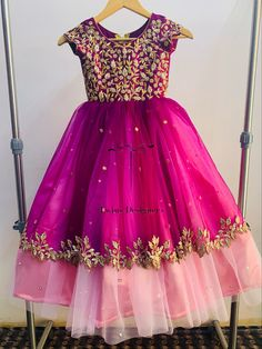 Party Wear Frocks, Kids Party Wear Dresses, Kids Dress Wear, Kids Gown, Wedding Dresses For Girls, Dresses Kids Girl, Girls Frock Design, Long Dress Design, Baby Dress Design