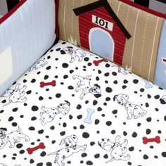 101 Dalmatians Crib Bedding Set, 5-Piece