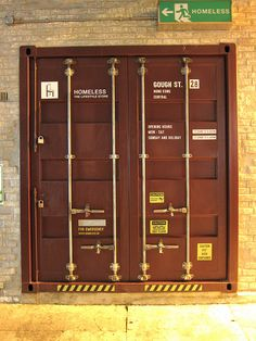 www.54-11.com GLOBAL@Argentina.com Venta de #containers #maritimos, venta de #contenedores #refrigerados y de #carga seca. Servicios de Comercio Exterior We like this because it is the door to a shipping container and behind it could be any number of interesting things from anywhere.