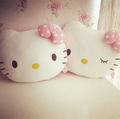 hello kitty pillows