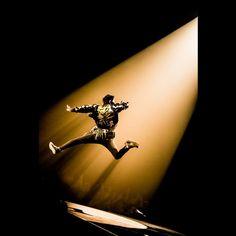 """いいね!2,757件、コメント19件 ― 浜野カズシさん(@hamanokazushi)のInstagramアカウント: 「ONE OK ROCK """"Ambitions""""JAPAN TOUR 4月20日横浜アリーナ photo by 浜野カズシ(@hamanokazushi) #oneokrock」"""