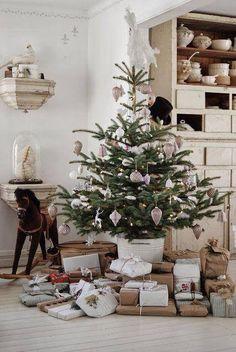 ~A Simplistic Christmas~