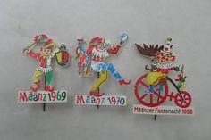 Vintage Määnzer Fassenacht (Mainzer) -- Carnival Pins -- 1968, 1969, 1970 -- Germany. $12.00, via Etsy.