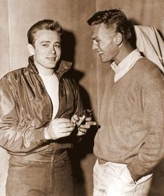 Tab Hunter with James Dean during production of Rebel Without A Cause (1955) #blackandwhite