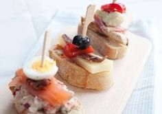 Bruschetta, Bistro Food, Toast Sandwich, Snacks Für Party, High Tea, Food Inspiration, Good Food, Food And Drink, Appetizers