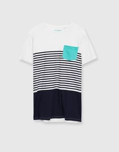 7b6048c2 Striped T-shirt with contrasting pocket - T-shirts - Clothing - Man -  PULL&BEAR Italy