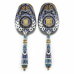 pair of silver-gilt and enamel tea scoops, Antip Kuzmichev, Moscow, circa 1880-90