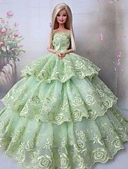 Soirée Robes Pour Poupée Barbie Vert clair Robes Pour Fille de Doll Toy Diy Barbie Clothes, Barbie Clothes Patterns, Doll Dress Patterns, Crochet Doll Clothes, Barbie Gowns, Barbie Dress, Barbie Doll, Party Dresses For Women, Wedding Party Dresses
