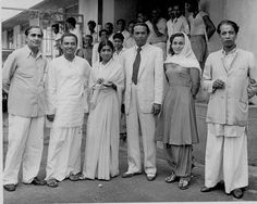 From right to left: Music director Ghulam Mohammed, Actress Nadira, Music director Naushad Ali, Lata Mangeshkar and two guests on the sets of Mehboob Khan's film 'Aan' (1952).