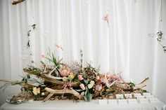Inspired by the prettiest of driftwood, this shoot from Kristyn Hogan and Cedarwood Weddings took a _rustic-to-refined _concept and turned it into the loveliest wedding inspiration. Driftwood Centerpiece, Hanging Centerpiece, Driftwood Table, Table Centerpieces, Wedding Centerpieces, Wedding Decorations, Table Decorations, Beautiful Flower Arrangements, Floral Arrangements