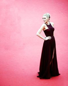 #blakelively #dress #red #carpet #style #look #amazing #cool #festival #cannes