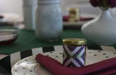 personalized jars of honey place cards