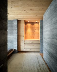 Since 1998 the Web Atlas of Contemporary Architecture Rammed Earth Wall, Alpine Style, Concrete Houses, Stone Barns, New Home Designs, Contemporary Architecture, Home And Family, Furniture Design, Wall Lights