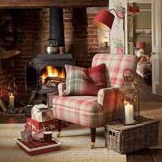 Ok, we've started to embrace autumn! Admit it, hands up who's had the heating on already?