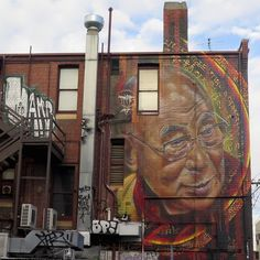 Australian street artist ADNATE recently spent a few days painting the rear of a building in Fitzroy on the streets of Melbourne in Australia. The three storey mural features the Dalai Lama whom he met in person last year in India. He was very moved after the meeting and wanted honoured to paint him.  #streetart #streetartists #murals #artwork #allpublicart #Adnate #DalaiLama #Melbourne