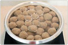 Just My Ordinary Kitchen...: HOMEMADE MEAT BALL (BAKSO SAPI HOMEMADE)
