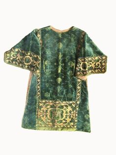 Spanish 16th C. Silk Velvet Dalmatic with Appliquéd Apparel of Silk/Gilt Threads