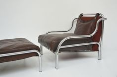 Pair of armchairs with 2 puffs, model Stringa - designer Gae Aulenti - Poltronova 1972, with original leather