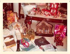 Photograph Snapshot Vintage Color Christmas Decor Gifts Display 1970'S | eBay