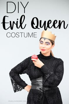 DIY Evil Queen Costume #halloweencostumesforwomen #evilqueencostume #diycostume Family Halloween Costumes, Diy Costumes, Costumes For Women, Halloween Ideas, Mom And Baby, Mommy And Me, Evil Queen Costume, Young Love, Mom Advice