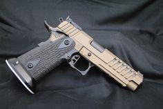 Freedom Gunworks - 40 S&W, Butler Cut slide, Burnt Bronze and Graphite Black