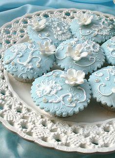 Tiffany Blue Royal Cupcakes  by Anita Jamal, via Flickr