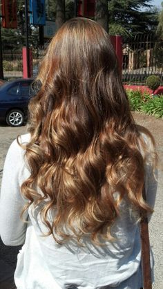 Rose gold and honey highlights by Justine Taitz Honey Highlights, My Hair, Rose Gold
