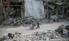 """الصليب الأحمر يؤكّد تأجيل تسليم المساعدات الإنسانية المقررة للغوطة الشرقية: أعلنت اللجنة الدولية للصليب الأحمر """"إرجاء"""" قافلة المساعدات…"""