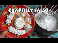 CHANTILLY FALSO COM 3 INGREDIENTES - DICA RAPIDINHA - Bru na Cozinha - YouTube Hard Candy, Food And Drink, Birthday Cake, Cupcakes, Desserts, Youtube, Cake Topper Banner, Party Candy, Cake Toppers