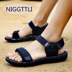 0a0bdfff0 Модные сандалии Для мужчин 2017 Винтаж Рим Стиль Летний пляж дышащий  Повседневное одноцветное мужские сандалии 3