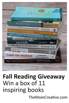 Book lovers: win a box of 11 inspiring, must-read books. Perfect for fall reading. #books #reading #bookworm #giveaway