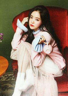 Kpop Girl Groups, Korean Girl Groups, Kpop Girls, Crazy Girls, These Girls, Pretty Girls, K Pop, Blue Camaro, Son Na Eun