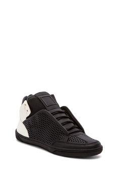 Dolce Vita Vinna Sneaker