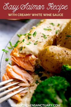 Easy pan-fried salmon with a creamy white wine and garlic sauce. A mouth-watering recipe, all cooked in one pan and ready in 15 minutes. #panfriedsalmon #salmon Best Seafood Recipes, Easy Salmon Recipes, Easy Dinner Recipes, Beef Recipes, Healthy Recipes, Creamy White Wine Sauce, Creamy Garlic Sauce, Potatoes Dauphinoise, Pan Fried Salmon