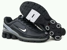 Discover the Men's Nike Shox Shoes Black/Grey/White Online group at Pumafenty. Shop Men's Nike Shox Shoes Black/Grey/White Online black, grey, blue and more. Get the tones, gat what is coming to one the features, earn the look! Air Jordan Retro, Nike Air Jordan 6, Air Jordan Shoes, Nike Air Max, Puma Shoes Online, Jordan Shoes Online, Mens Nike Shox, Zapatos Air Jordan, Nike Tennis